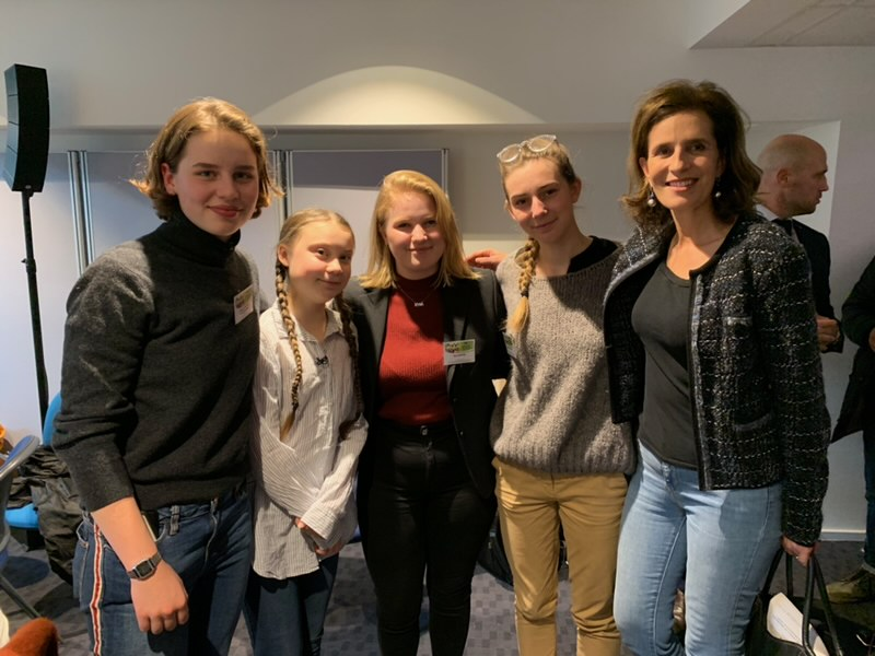 Princess Esmeralda with environmental youth activists Greta Thunberg, Adelaide Charlier, Anuna De Wever and Kyra Gantois at the European Commission in Brussels in 2019
